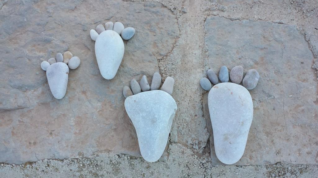 feet-539356_1280